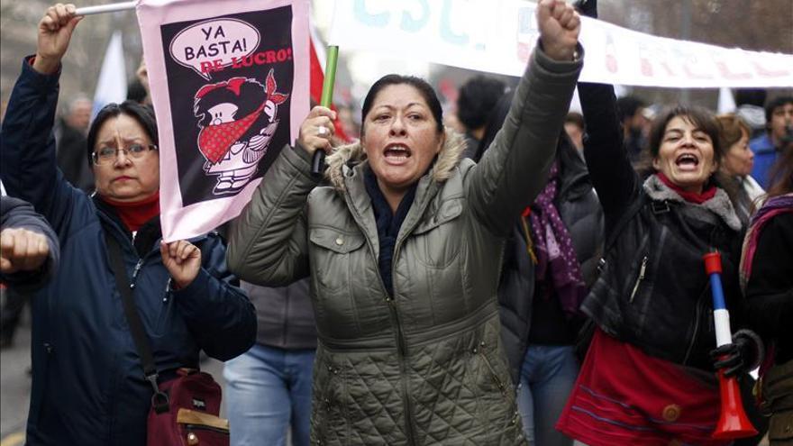 """Profesores de Chile convocan una marcha para exigir el pago de una """"deuda histórica"""""""