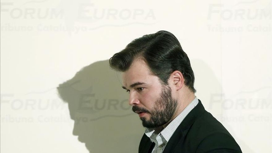 Rufián dice que Rajoy y Sánchez le dieron la espalda a Cataluña en el debate