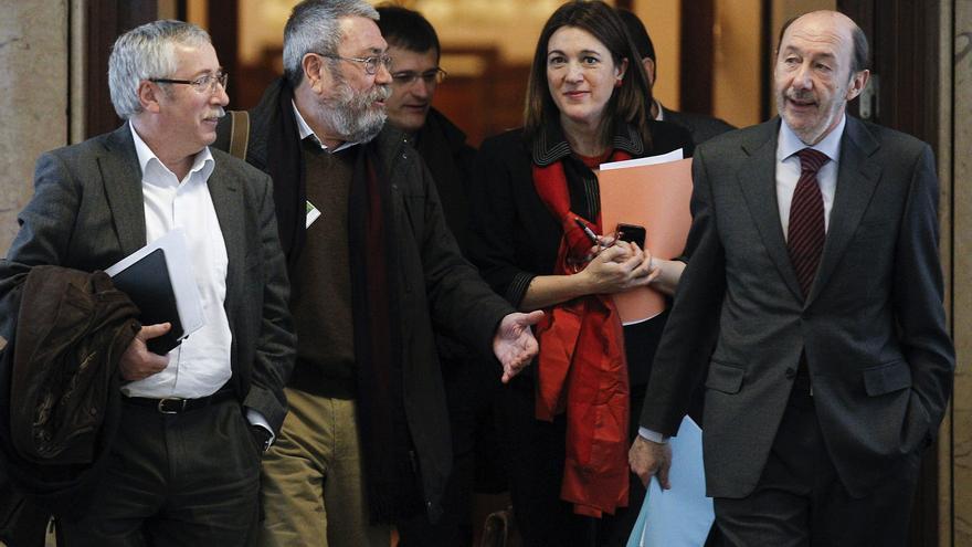 Toxo y Méndez exigen un cambio de política ante más de 6 millones de parados