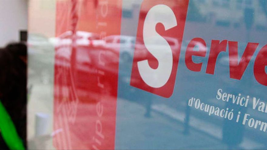 Cae el número de demandantes de empleo en las oficinas del Servef