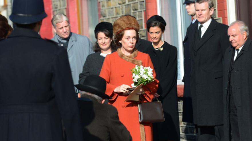 Olivia Colman, caracterizada como Isabel II en una imagen de la tercera temporada de 'The Crown'