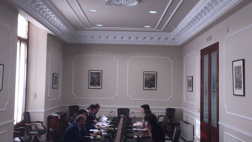 La comisión de investigación del caso Taula ha quedado nuevamente desierta