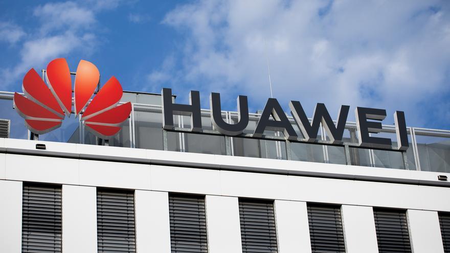 EEUU insta a la UE a excluir a Huawei por completo de sus redes 5G, no solo del 'core'
