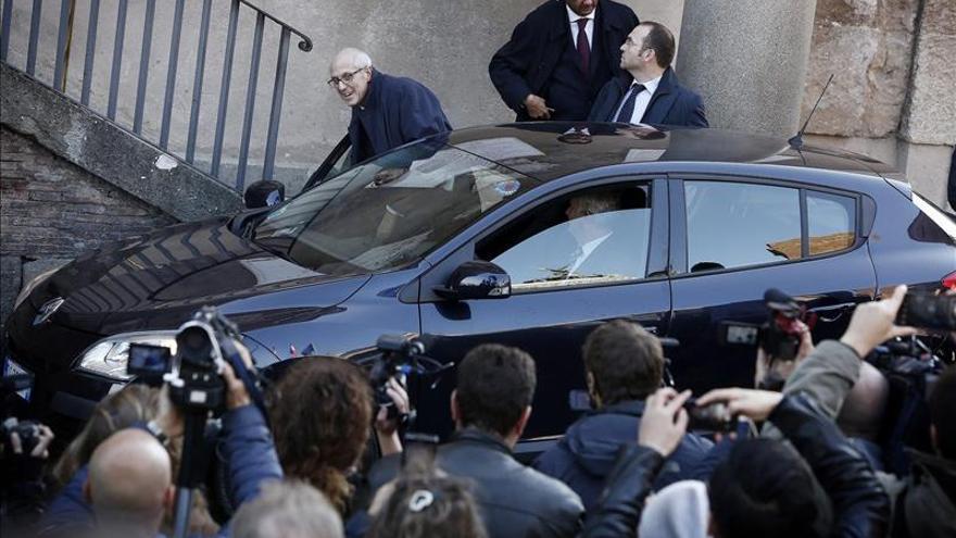 Tronca se pone al frente del ayuntamiento de Roma tras la salida de Marino