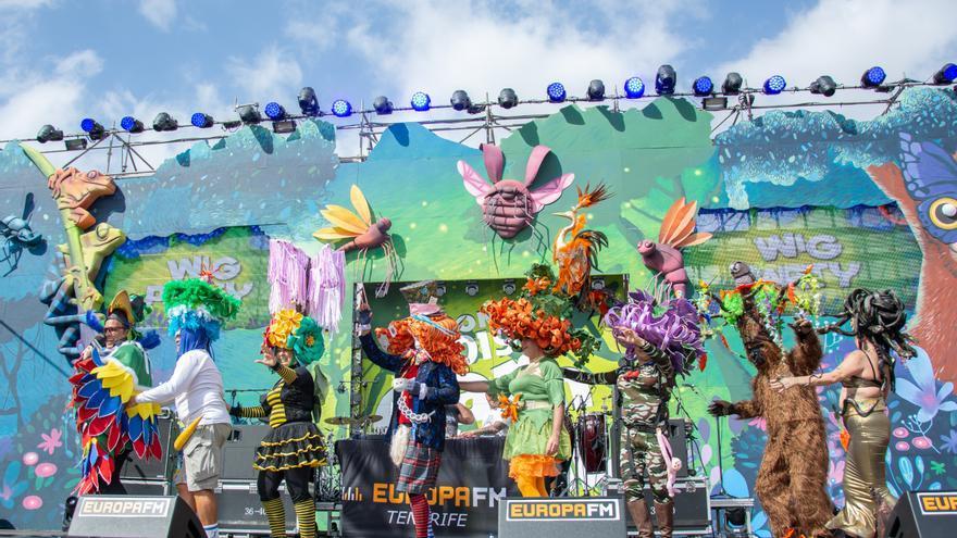 Gran Participación En La Fiesta Del Pelucón Del Carnaval De Arona