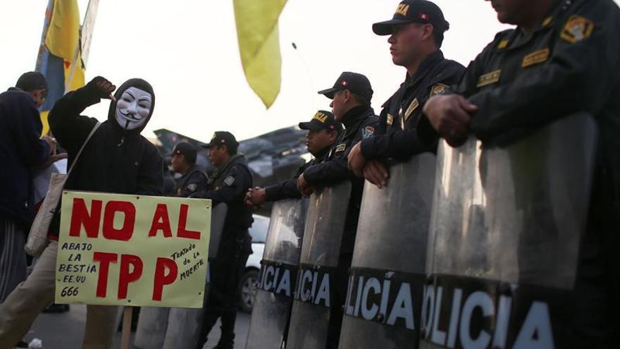 Marchan contra el TPP en Lima para que Congreso peruano no ratifique el acuerdo