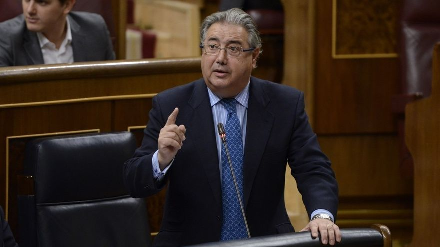 El PSOE pedirá la comparecencia de Zoido en el Congreso por la muerte de un inmigrante en la cárcel de Archidona