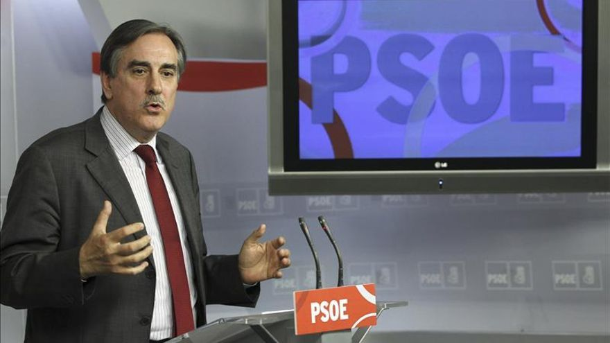 El PSOE achaca la caída del paro registrado a la bajada de la población activa
