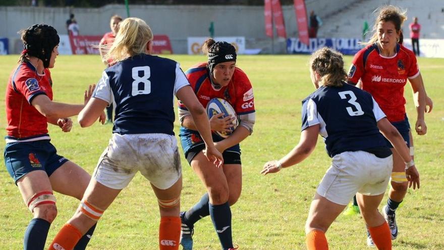 Rugby: Bimba, la más fiera 'cocodrila'