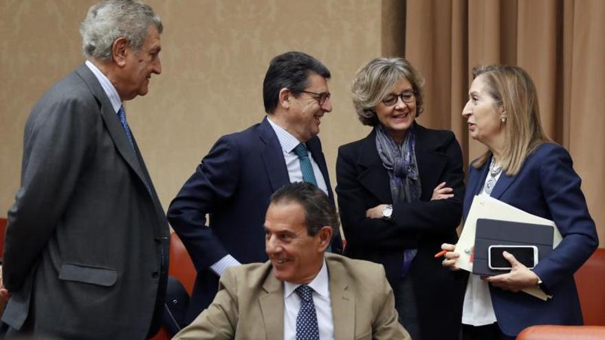 El PP insiste este lunes en pedir que Sánchez comparezca por su cumbre con Torra