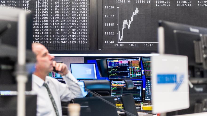 Las bolsas europeas abren al alza por la esperanza de más estímulos en EE.UU.