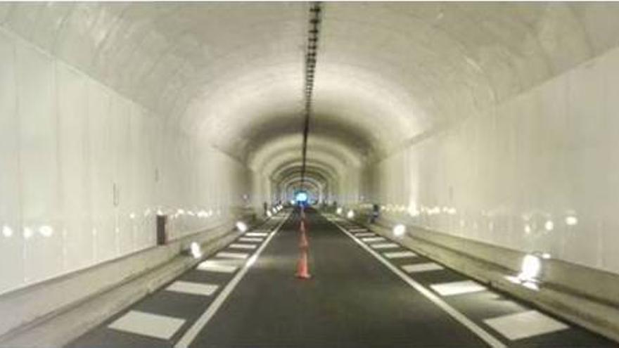 Obra de mejora del túnel viejo.
