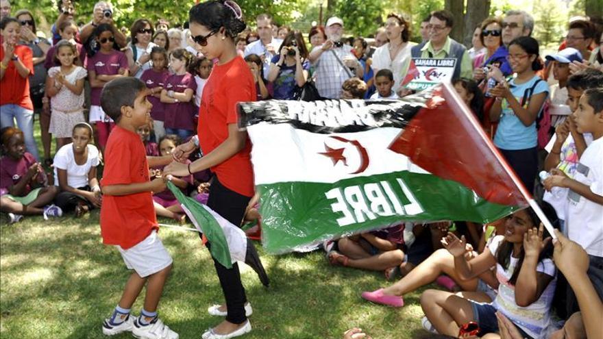 Más de 4.500 niños saharauis disfrutarán de vacaciones acogidos por españoles