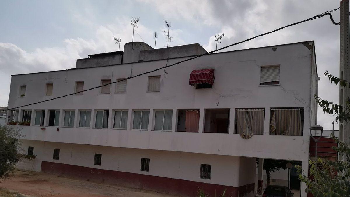 Viviendas públicas de Castro del Río donde va a actuar la Junta.