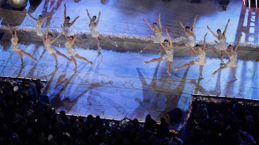 El espíritu navideño se apodera de Nueva York con el estreno de las Rockettes
