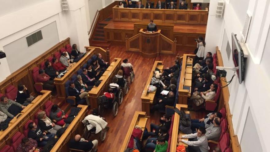 Pleno sobre Personas con Discapacidad en las Cortes de Castilla-La Mancha