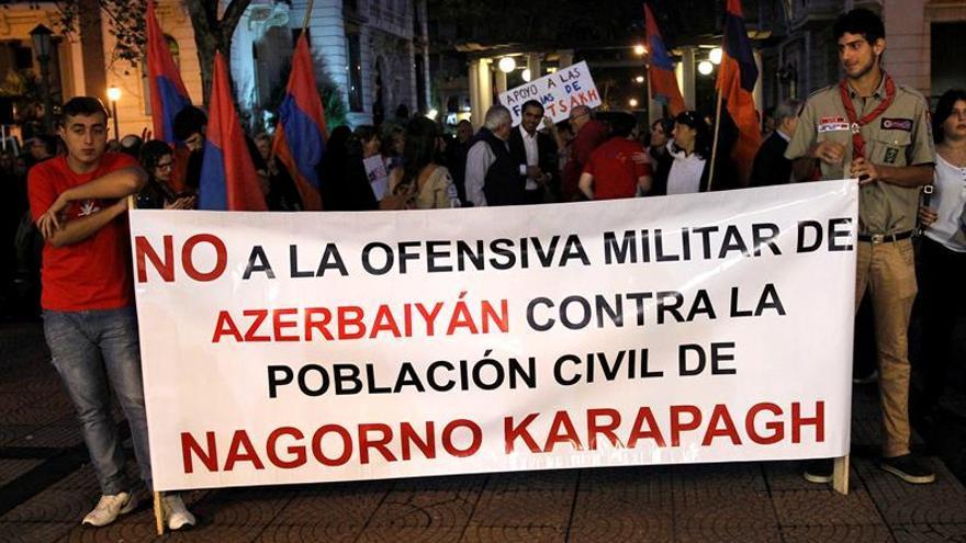Armenia y Azerbaiyán se miden la paciencia en Nagorno Karabaj