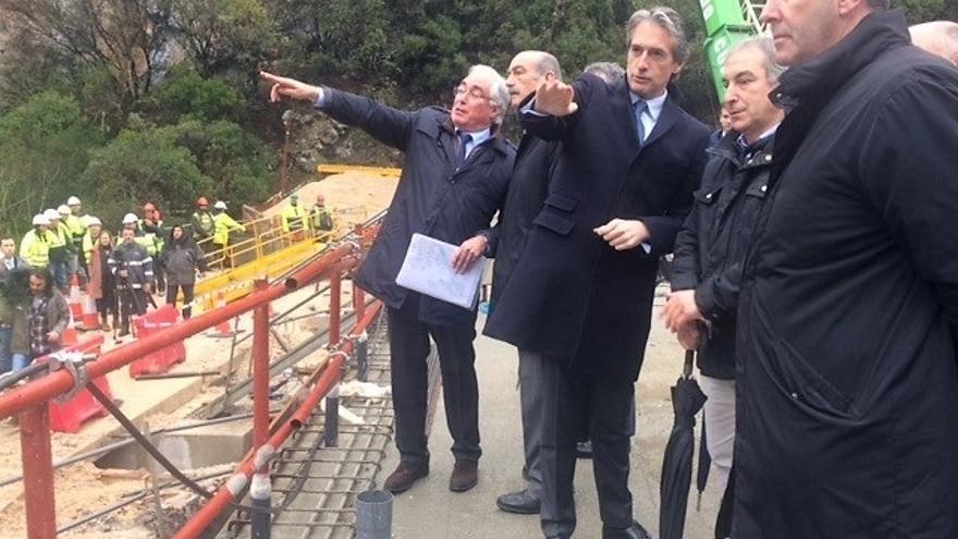 Los terrenos a expropiar para la Variante de Potes y el acondicionamiento del Desfiladero se conocerán en primavera