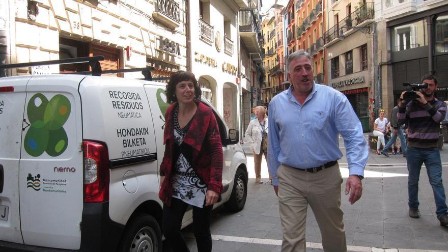 """Asiron inicia su andadura como alcalde de Pamplona visitando el área de Bienestar Social, """"una prioridad"""" de su equipo"""