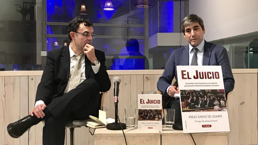 Iñigo Sáenz de Ugarte y Miguel Pasquau, en la presentación de 'El Juicio'.