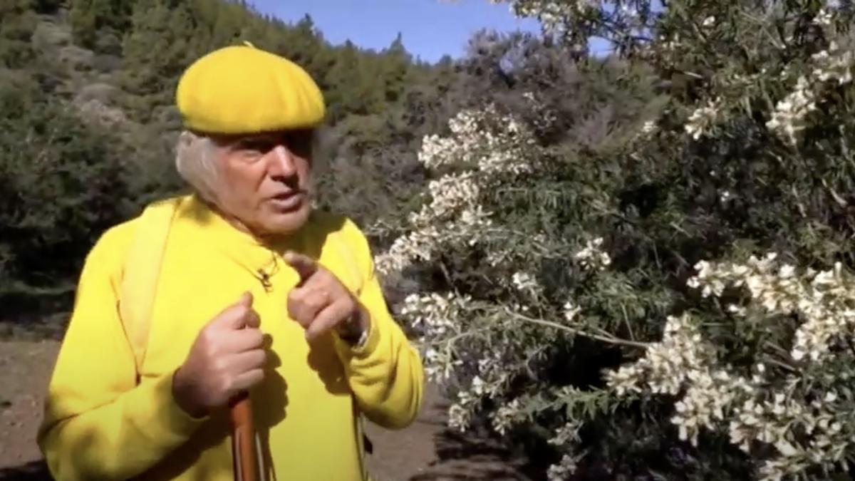 Captura de pantalla de un vídeo del padre Báez