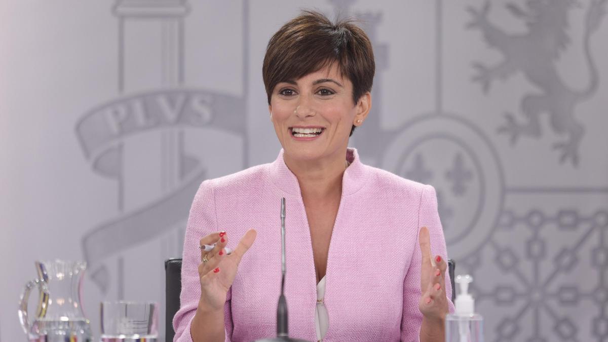 La ministra Portavoz y ministra de Política Territorial, Isabel Rodríguez, comparece en la rueda de prensa posterior al primer Consejo de Ministros tras la remodelación del Gobierno.
