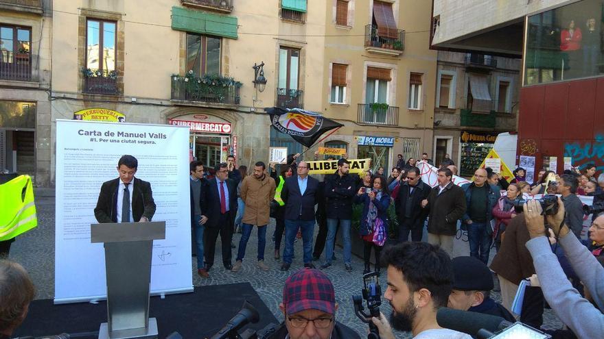 Protesta contra Valls en el Raval