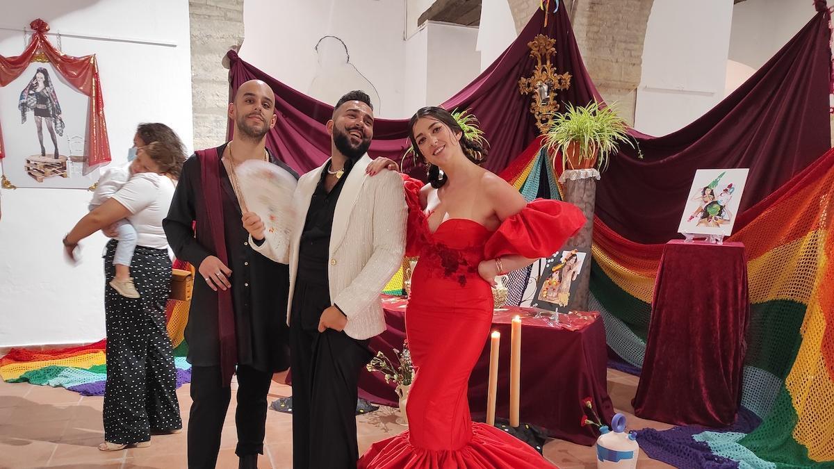 Rafael Ríos (en el centro), es el director artístico de Dildo con bigote.
