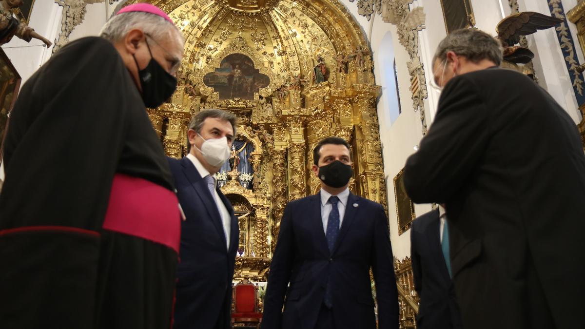 Visita al interior de la iglesia de San Eulogio.