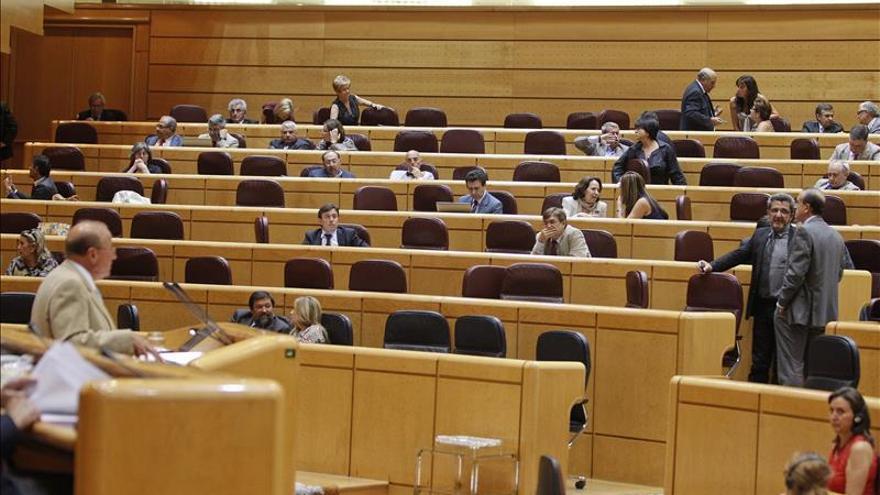 Los viajes de los senadores ascendieron a 672.000 euros en primer trimestre