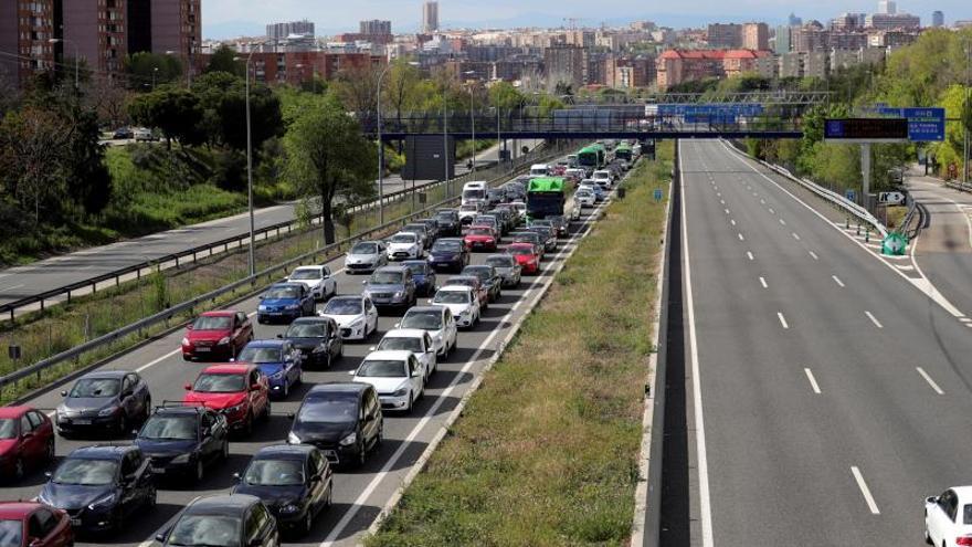 Casi 3.100 vehículos denunciados ayer por incumplir el estado de alarma