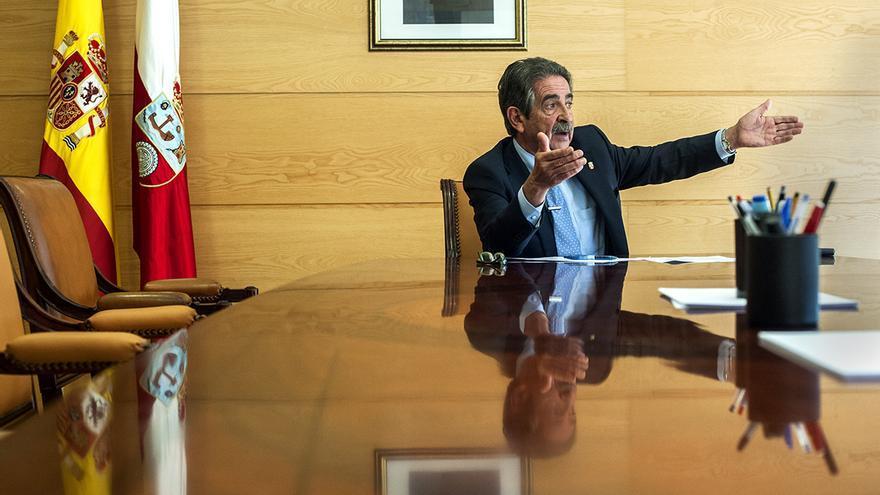 Miguel Ángel Revilla | JOAQUÍN GÓMEZ SASTRE