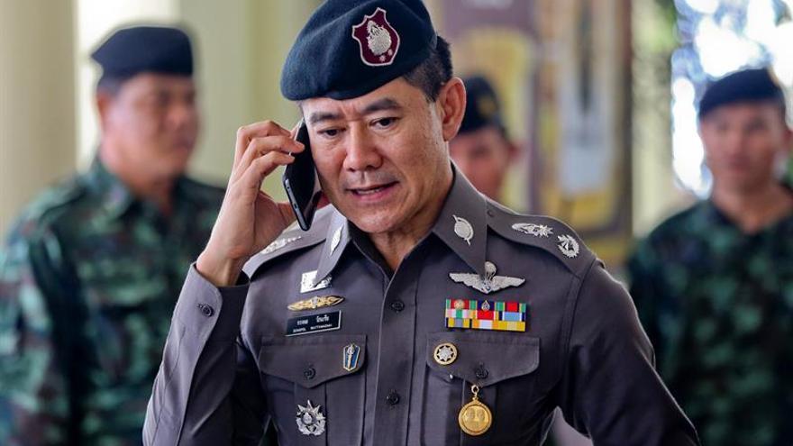 La junta de Tailandia libera a 6 activistas arrestados por campaña política