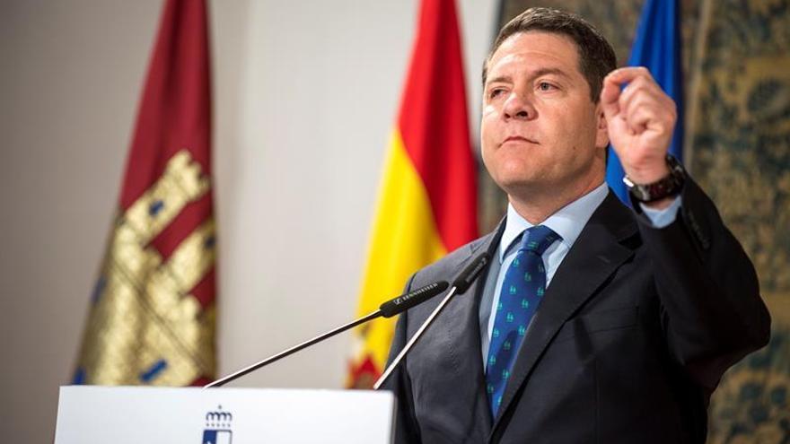 García-Page tomará una decisión sobre su futuro después del congreso de junio