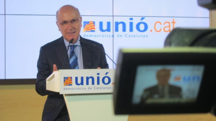 Duran pide disculpas por el apunte de la portavoz de UDC sobre la sede de CDC