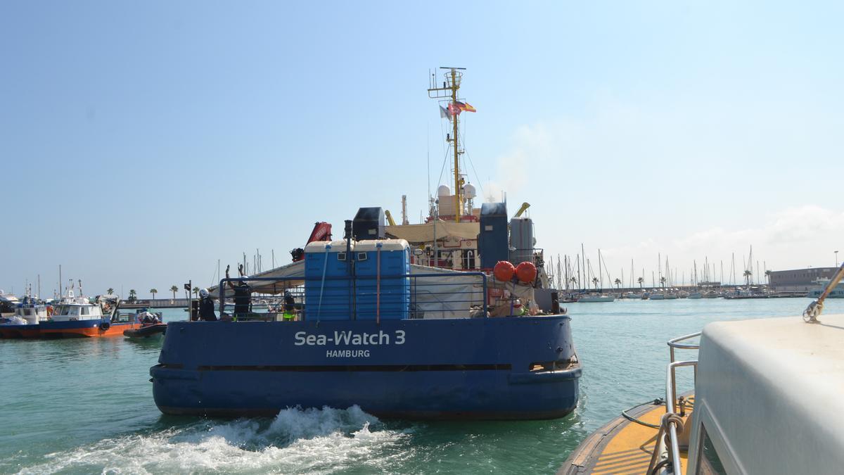 El 'Sea Watch 3' al Port de Borriana.