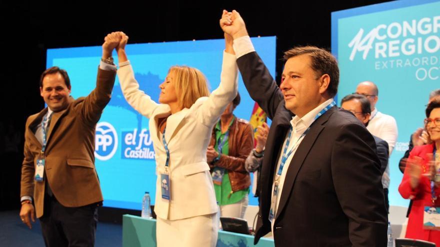 Francisco Nuñez, María Dolores Cospedal y Manuel Serrano al inicio del Congreso