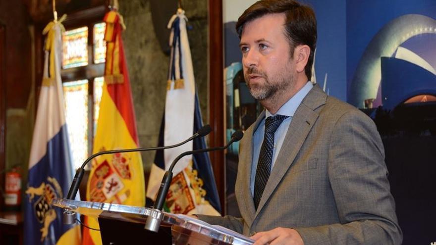 El presidente del Cabildo Insular de Tenerife, Carlos Alonso.