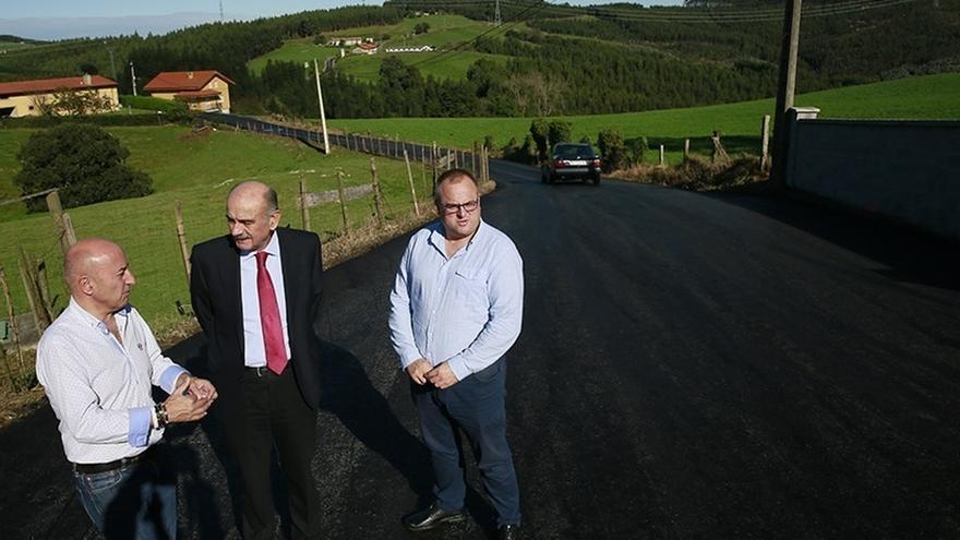 El barrio de Cobachón, en Vidular, estrena nueva pavimentación tras invertir el Gobierno 45.000€