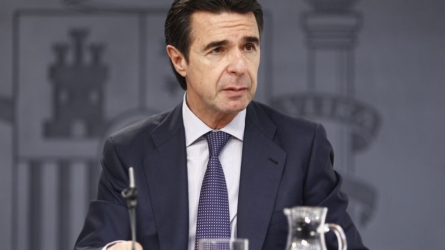 Soria anuncia 800 millones hasta 2020 para infraestructuras energéticas en Canarias