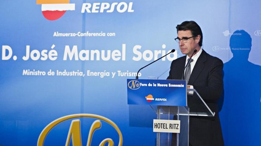 José Manuel Soria, en la conferencia patrocinada por Repsol. (ACFI PRESS)