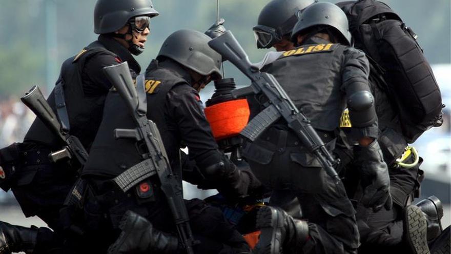 Detenidos dos yihadistas de una célula que planeaba un atentado en Yakarta