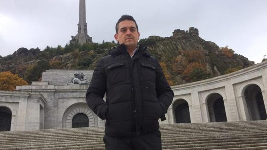 Carles Mulet, senador de Compromís, en el Valle de los Caídos