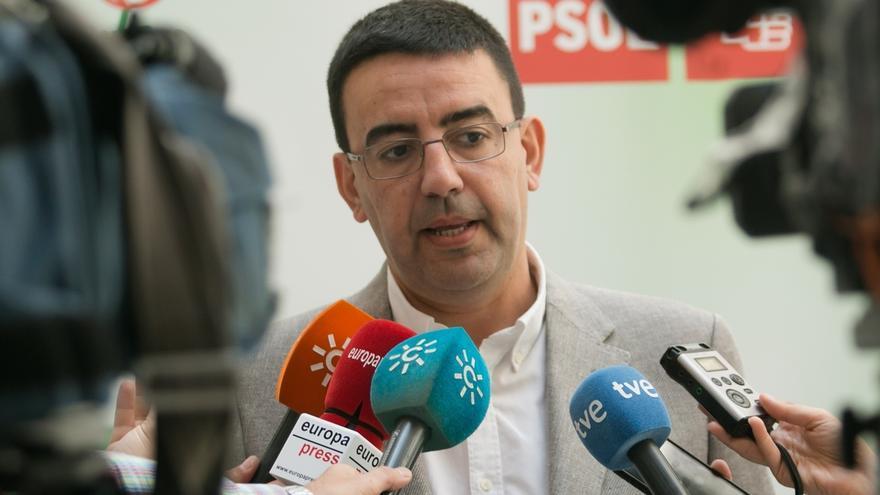"""Jiménez (PSOE-A) advierte de que """"ni en la derecha ni en la nueva izquierda populista hay futuro"""""""