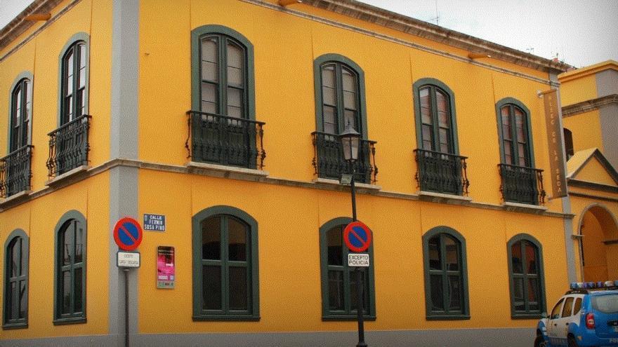 En la imagen, inmueble que alberga el Museo de la Seda de El Paso. Foto: palmerosenelmundo.com
