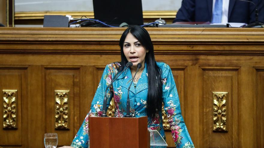 La oposición venezolana dice que la Fiscalía amplía investigaciones para eludir la CPI