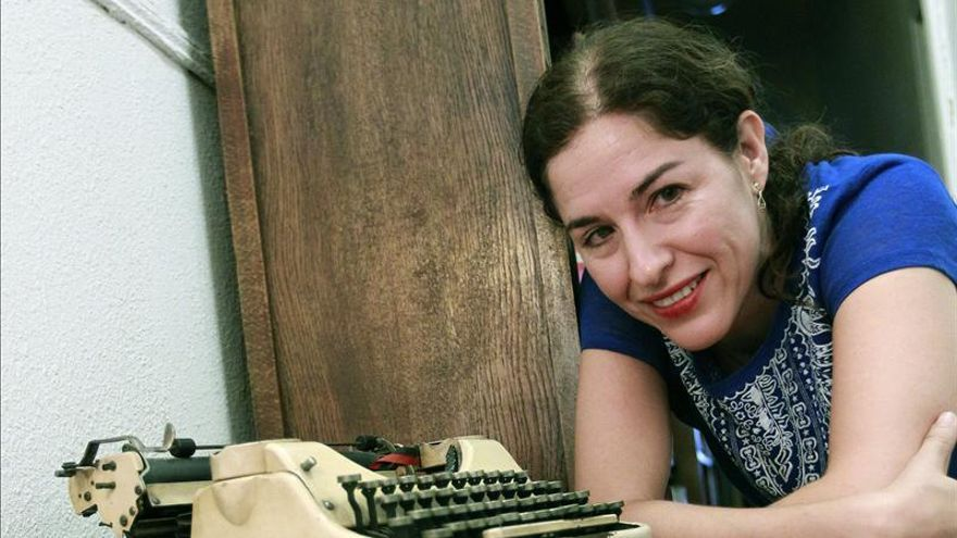 La mexicana Guadalupe Nettel gana el 32 Premio Herralde de Novela