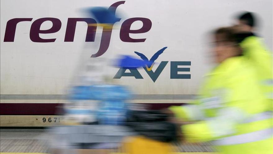 Renfe prevé perder 225 millones este año y 190 millones en 2015, un 15% menos