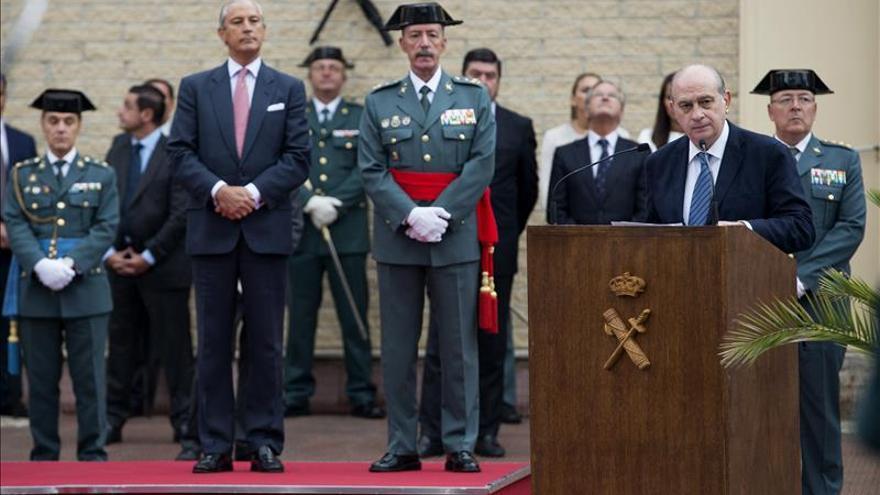 "Fernández Díaz dice que la Guardia Civil ""no se va a marchar jamás"" del País Vasco"