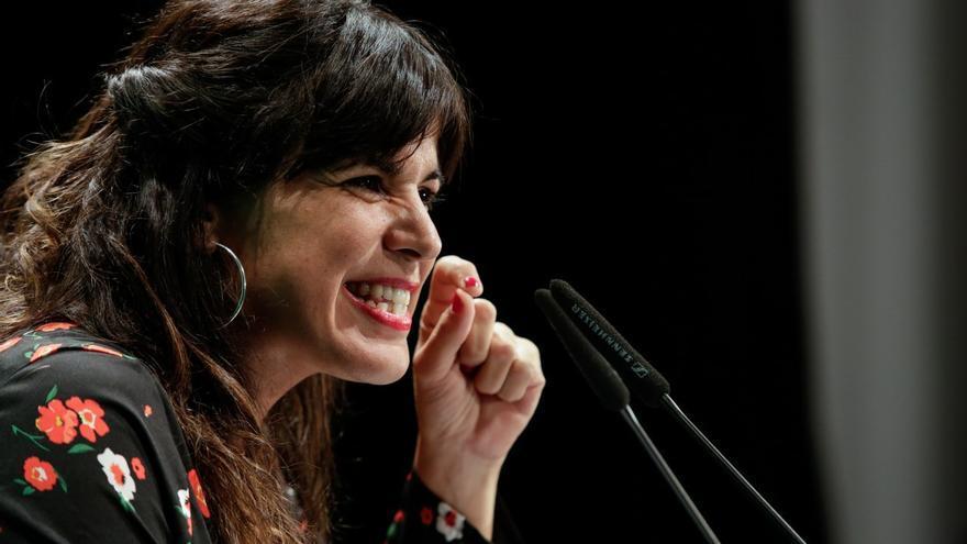 Teresa Rodríguez, durante un mitin en Almería.